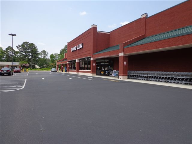 Leland Plaza - Food Lion Anchored Center